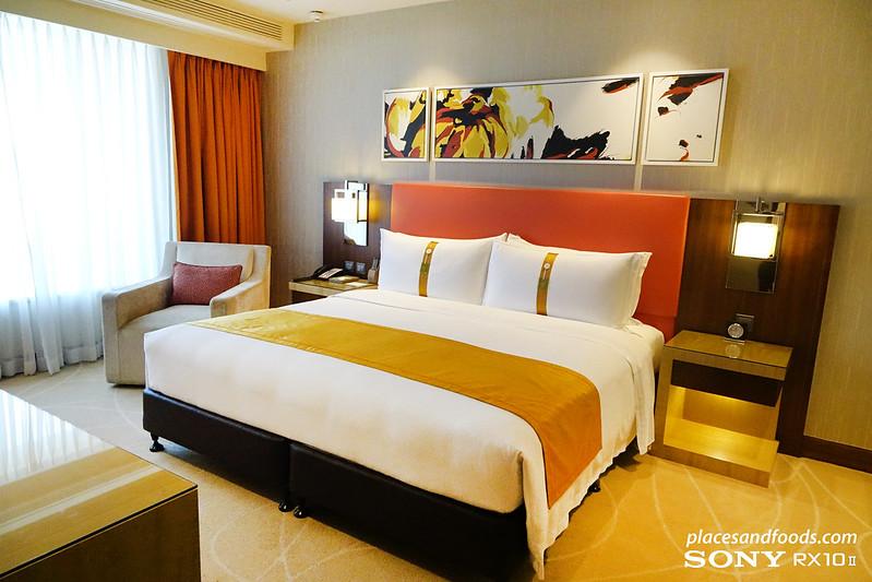 holiday inn macau superior room king size