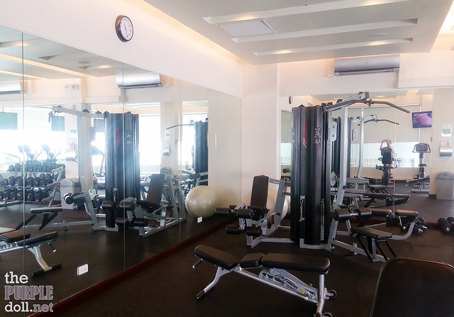 Gym Equipment at Holiday Inn & Suites Makati