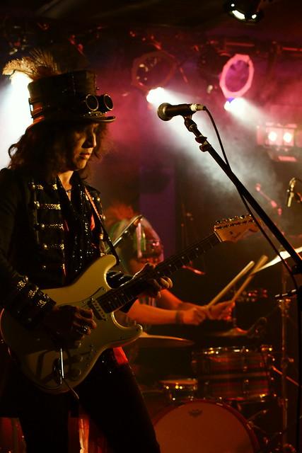 Coal Tar Moon live at 獅子王, Tokyo, 05 Nov 2015. 240