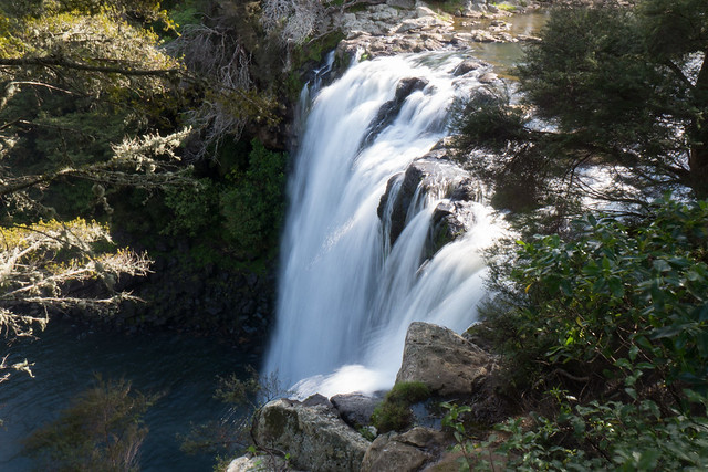 Rainbow Falls Kerikeri- North Island New Zealand Road Trip | New Zealand North Island Itinerary | must see | Attractions | Things to do in NZ | Tours | Points of interest | What to see | Highlights | Places to see | Budget Guide | Fun things | Camper van | Motorhome