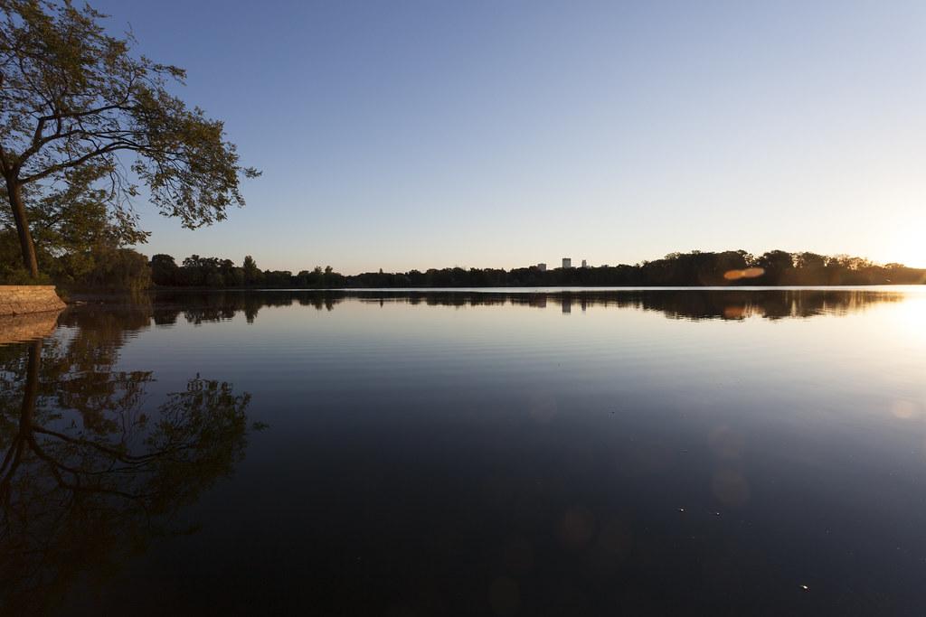 Hotels Near Lake Calhoun