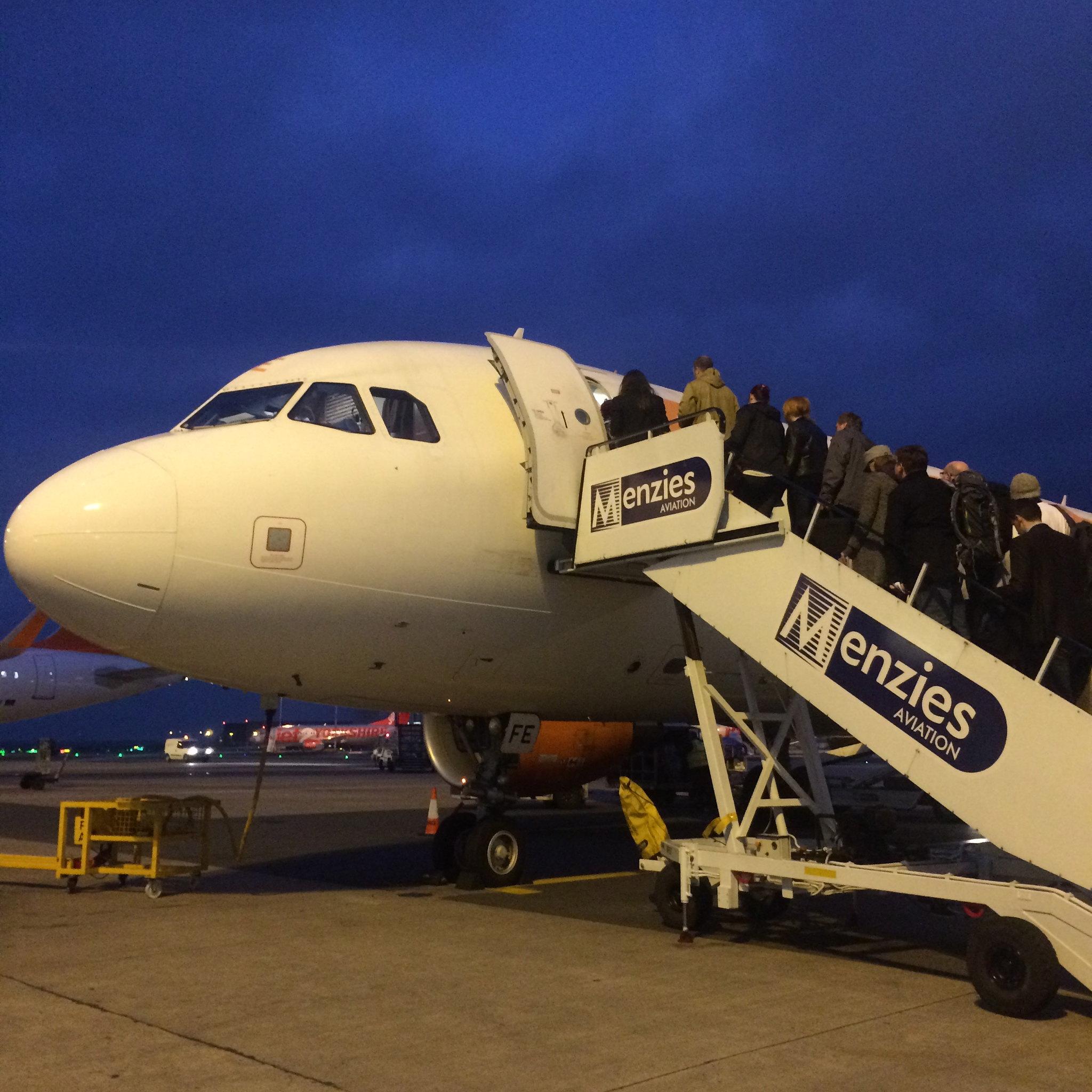 Easy Jet Boarding