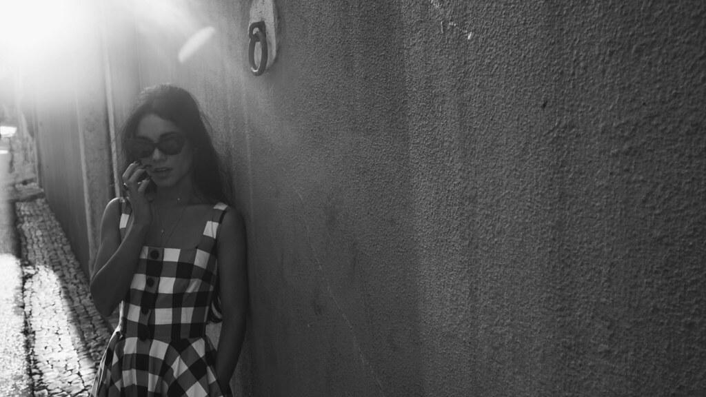 Ванесса Хадженс — Фотосессия для «Find Your California» 2015 – 55