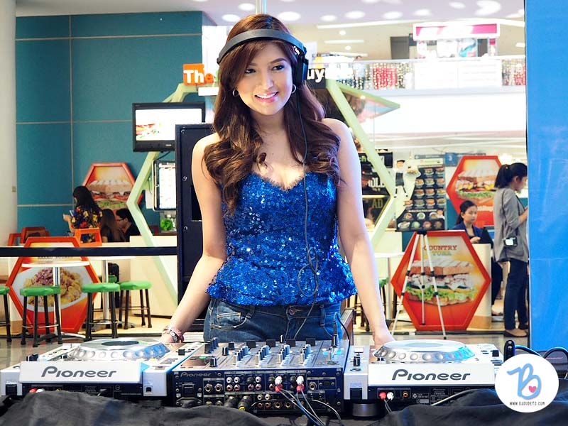 dj jennifer lee sm supermalls mobile app