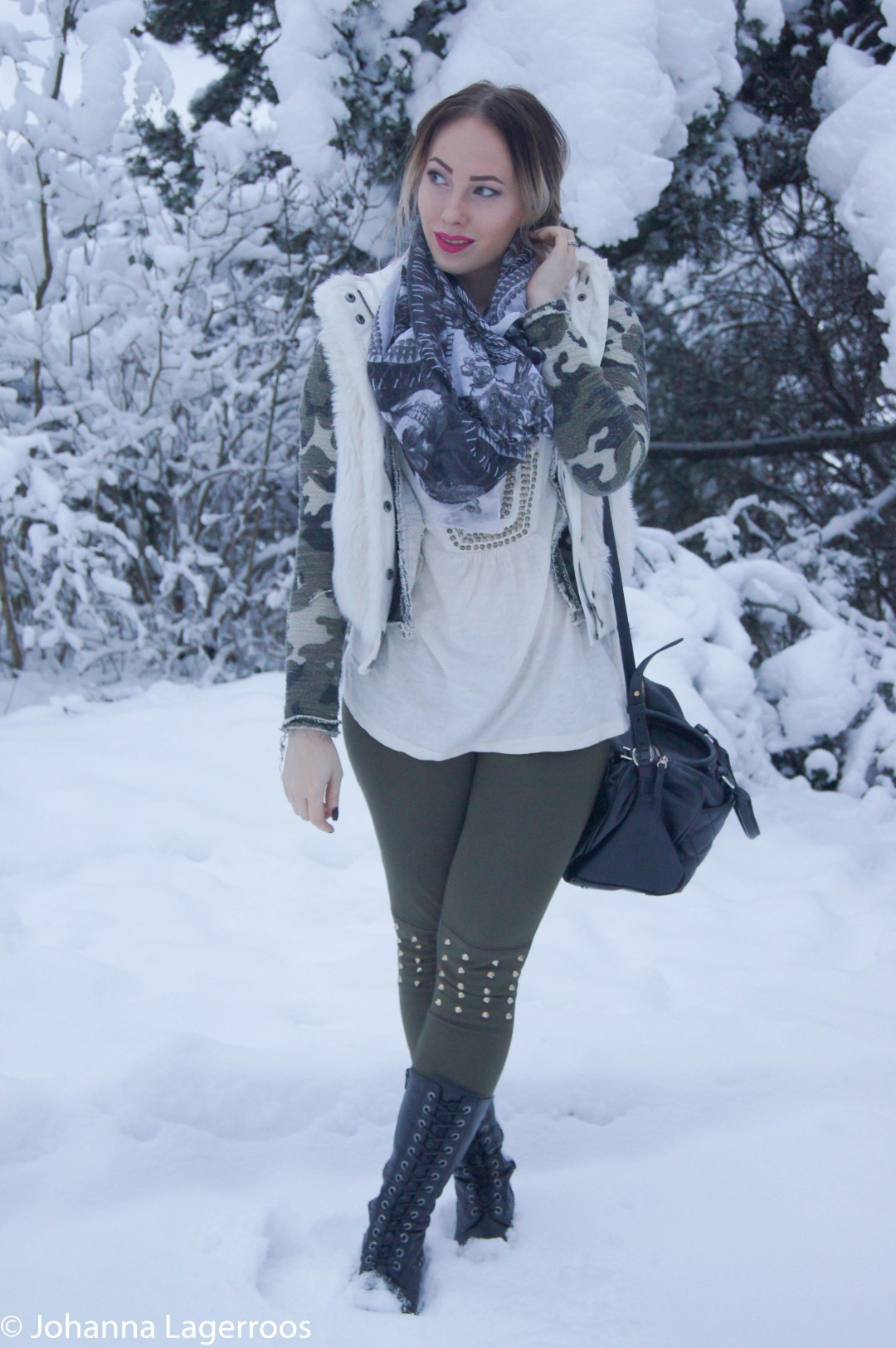 fur vest olive leggings