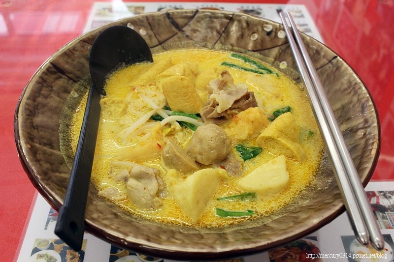 23542522189 5b7a4569fd b - 台中北區| 新加坡美食,正宗南洋風味,老闆是新加坡樂團樂手