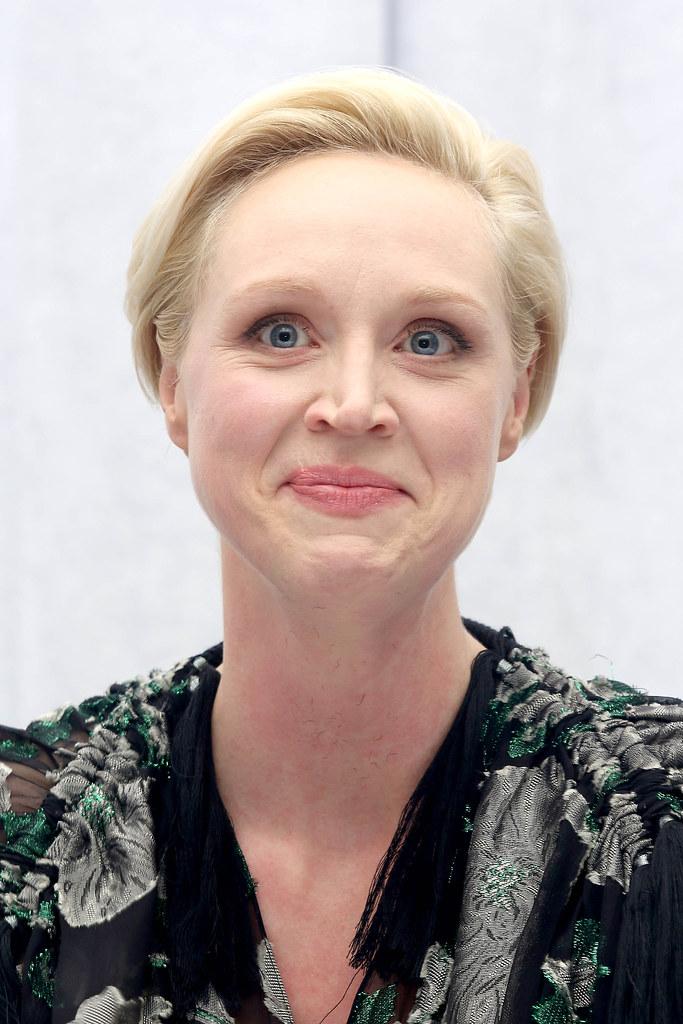 Гвендолин Кристи — Пресс-конференция «Звёздные войны» 2015 – 12