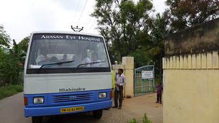 India- Sadayampalayam dic 2015 Operativo Oftalmol.