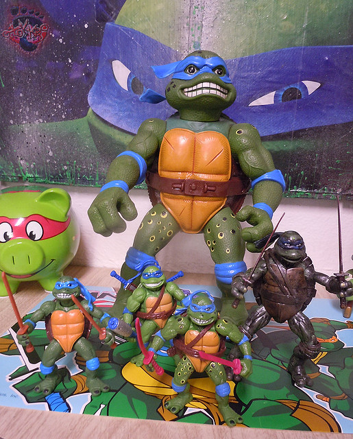 "Nickelodeon ""HISTORY OF TEENAGE MUTANT NINJA TURTLES"" FEATURING LEONARDO - 'MOVIE STAR' LEO x / ..Classic Movie LEOs group shot (( 2015 ))"
