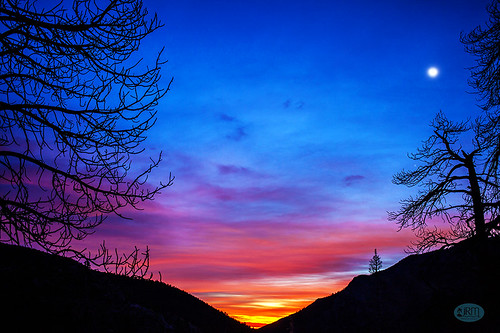 kylecanyon mtcharleston cathedralrock predawn sunrise sideoftheroad skyward lasvegas