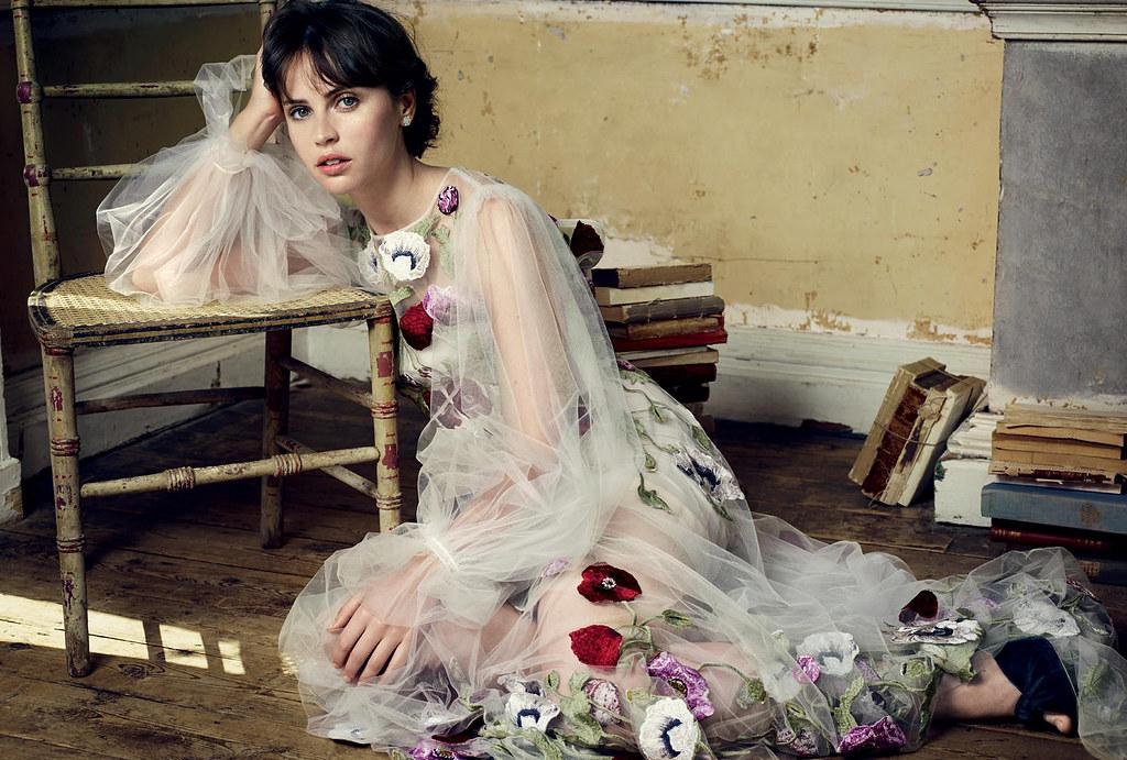Фелисити Джонс — Фотосессия для «Harper's Bazaar» UK 2016 – 2