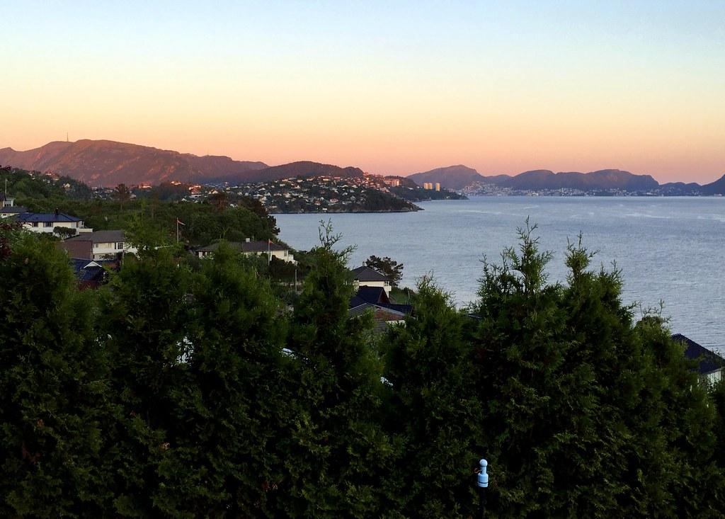 tamara-airbnb-sunset-view