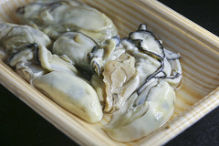 Peeled Raw Oysters