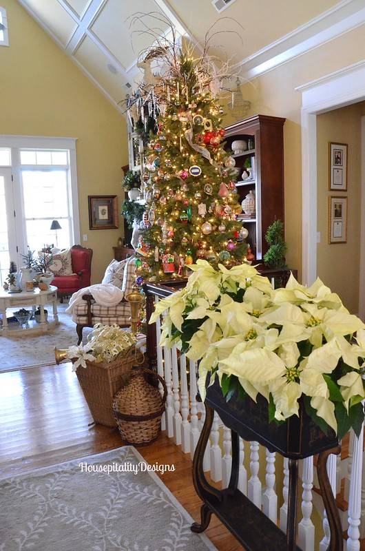 Christmas 2015 Great Room/Foyer - Housepitality Designs