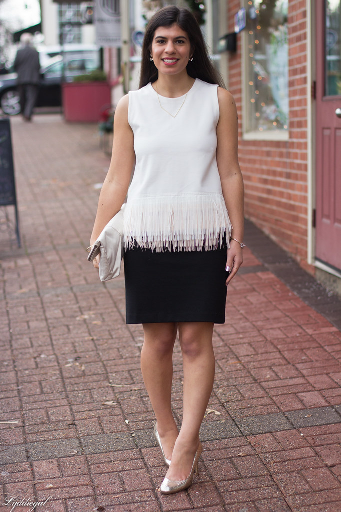 white fringe hem top, black skirt, silver pumps-5.jpg
