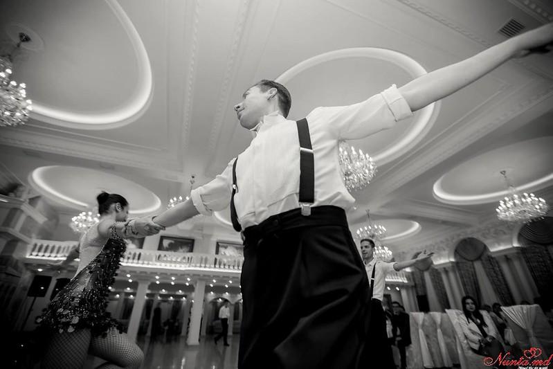 Dansuri pentru Evenimente Speciale / Ore pentru dansul mirilor