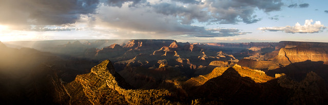 Sunset over Grand Canyon, Arizona, US of A