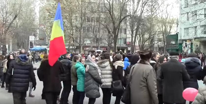 Hora_Unirii_Chisinau_Liceul_Gheorghe_Asachi_1_Decembrie_2016 (3)