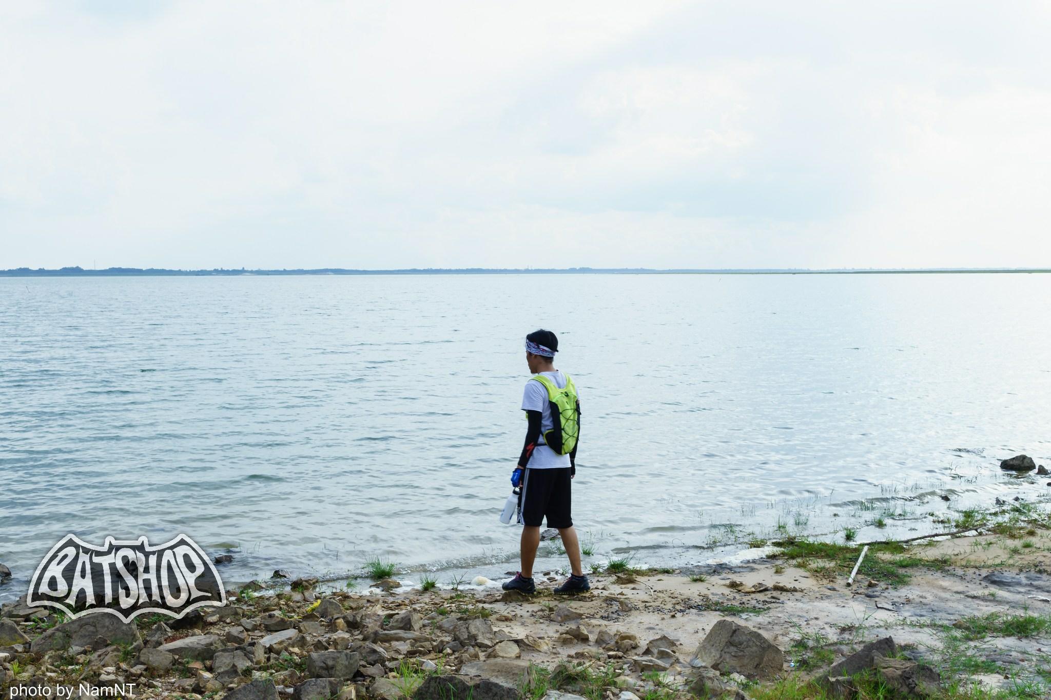 20024536244 7a7daef4e5 k - Hồ Cần Nôm-Dầu Tiếng chuyến đạp xe, băng rừng, leo núi, tắm hồ, mần gà