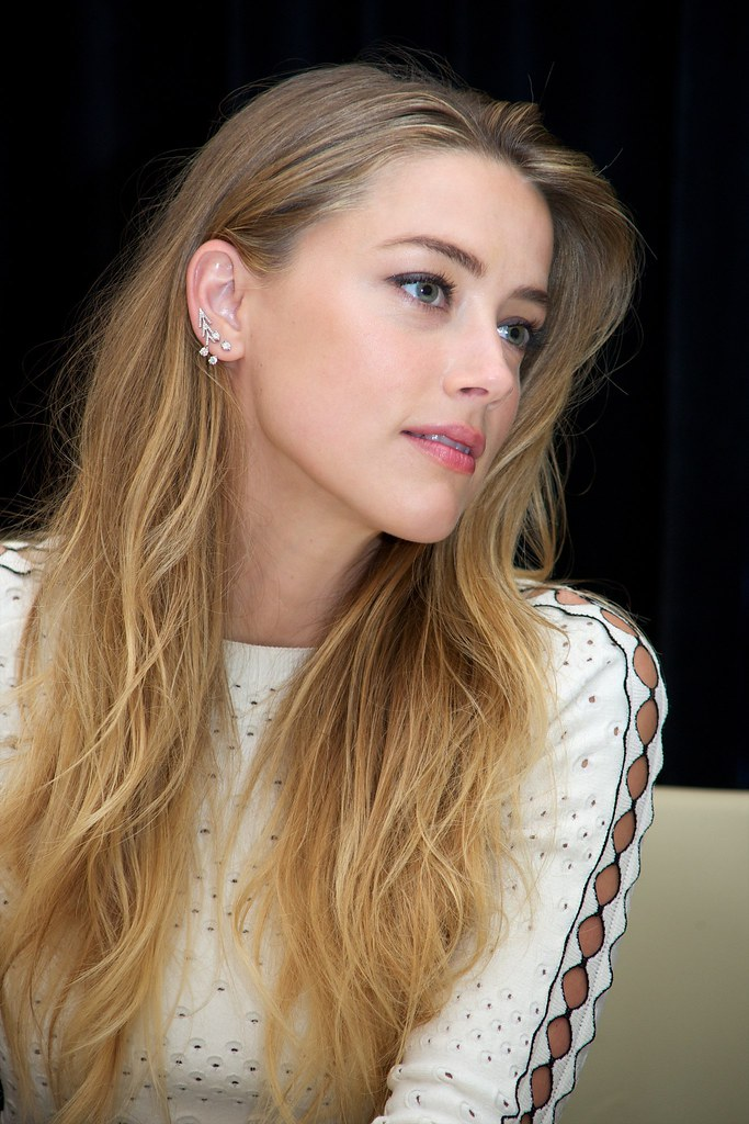 Эмбер Хёрд — Пресс-конференция «Девушка из Дании» на «TIFF» 2015 – 31