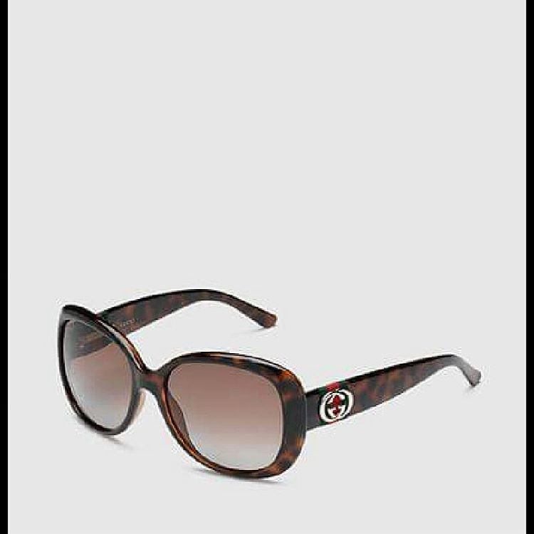 193c05b0fff  Gucci  Eyewear This is one of the most famous brands in the world