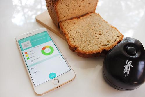 Tellspec scans Quinoa-Millet Bread