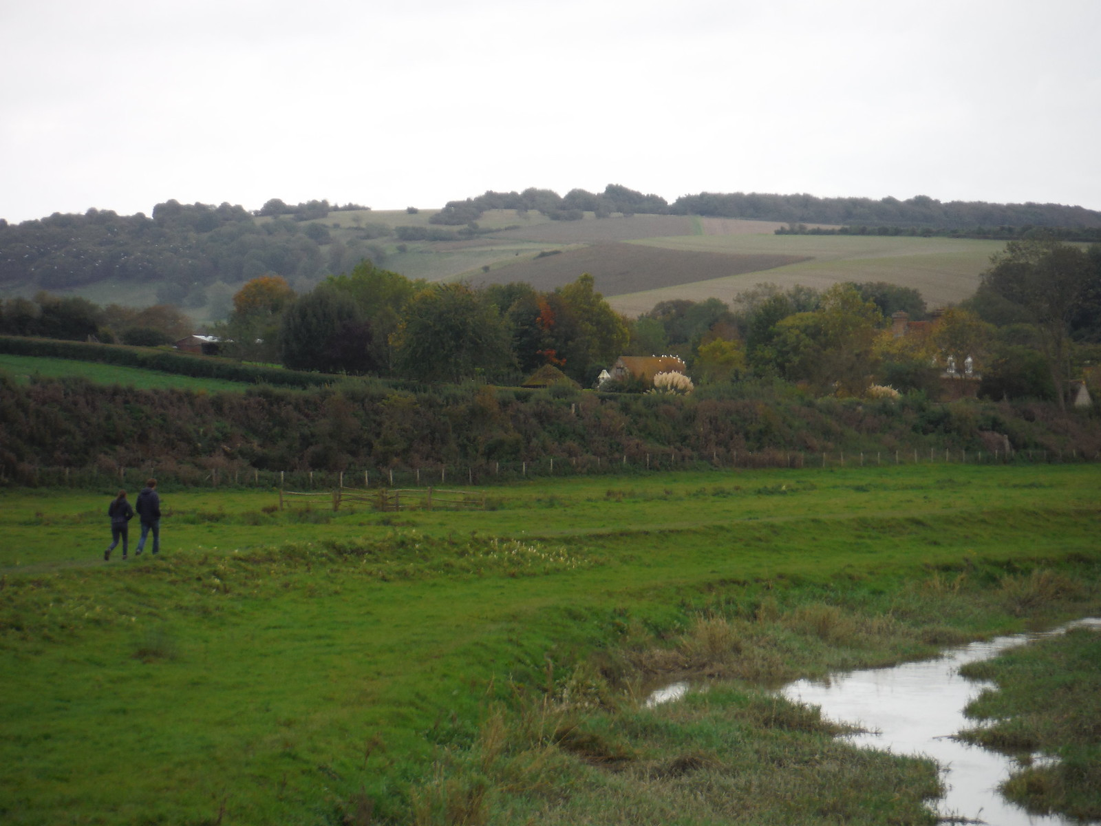 Along the Cuckmere River SWC Walk 25 - South Downs Way 8 : Southease to Eastbourne