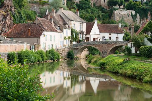 semurenauxois burgundy france river armancon city french reflection bridge bourgogne