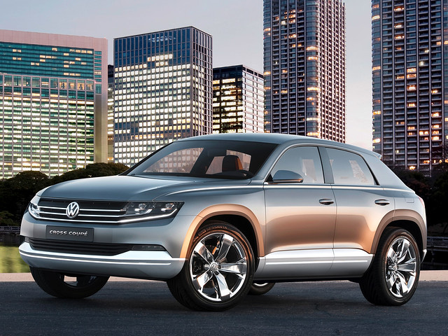 Кроссовер Volkswagen Cross Coupe Concept. 2011 год