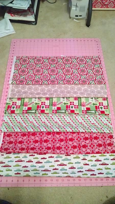 Fabric pull for my #hollyjollytreeskirt