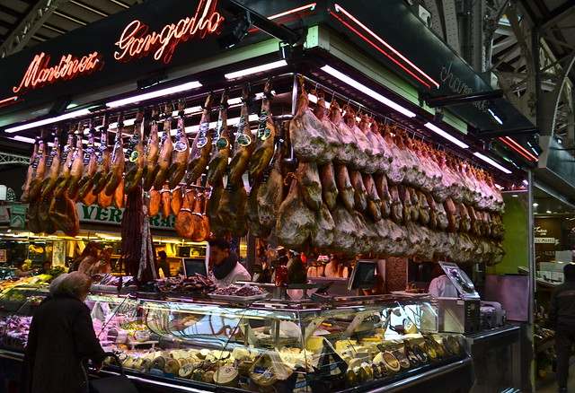 mercado central valencia jamon serrano stand