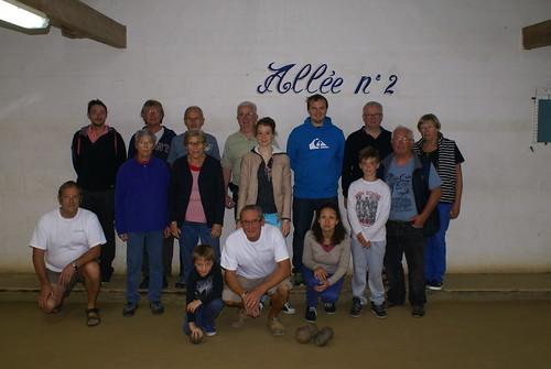 26/08/2015 - Plougasnou : Les participants à la 8ème séance d'initiation gratuite aux boules plombées