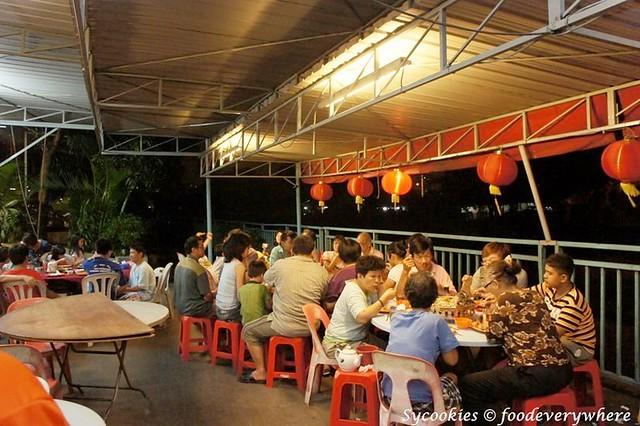 1.riverview small village restaurant