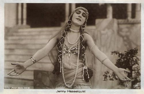 Jenny Hasselqvist in Sumurun (1920)