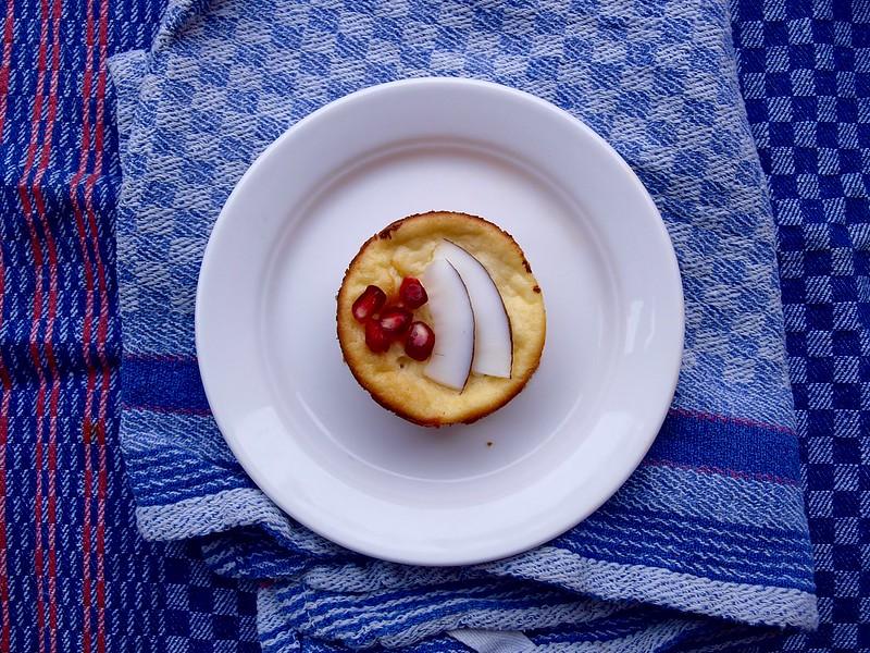 Mini-Käsekuchen mit Granatapfelkernen
