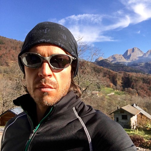 it's time to go trekking #mountains #annecy #montcharvin #oakleyxmetal #oakley #oreview #oaddicts #oakleyromeo  #romeo