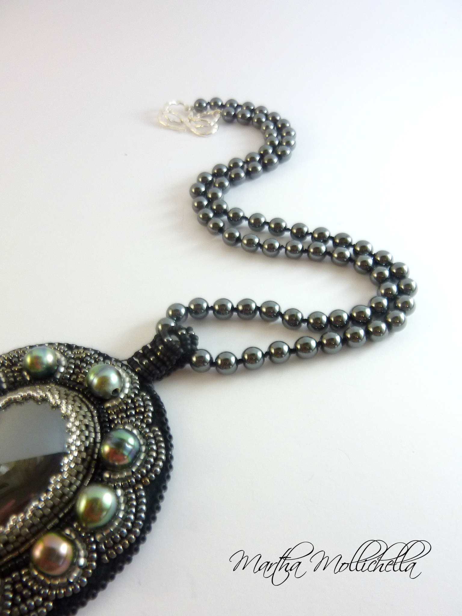 Polynesian pearls handmade with black pearls, beads, hematite pearls, sterling silver 925 handmade in Italy