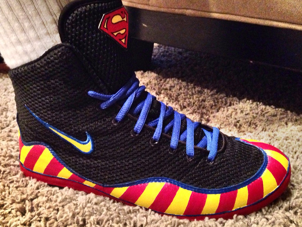 Nike Superman Inflicts size 10!! Text me offers before they go on ...