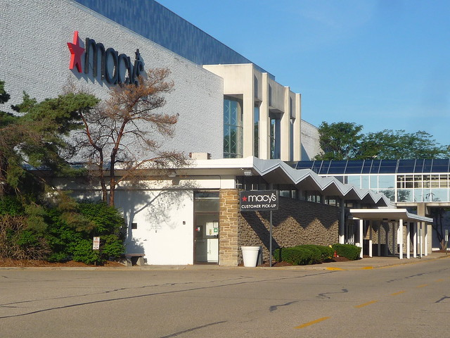Macy's - Tri-County Mall, Panasonic DMC-FS5