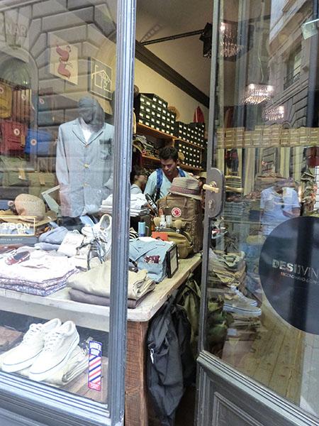 paulo dans boutique vintage
