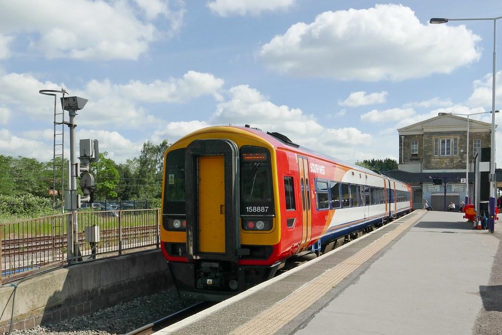 Hotels Near Swindon Railway Station