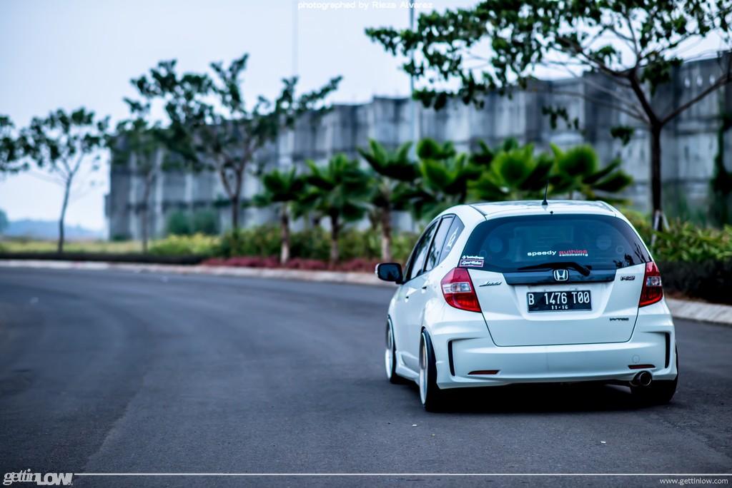 Unggul Honda Jazz