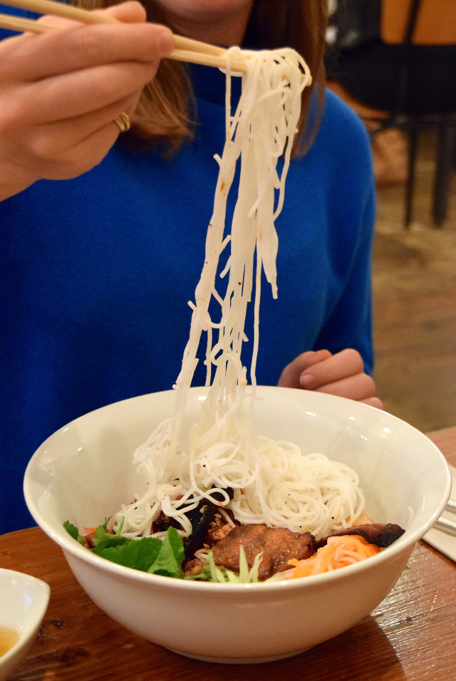 Eating noodles with chopsticks at KIN, Clerkenwell | www.rachelphipps.com @rachelphipps