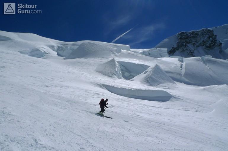 Nebezpečí v blízkosti lyžaře