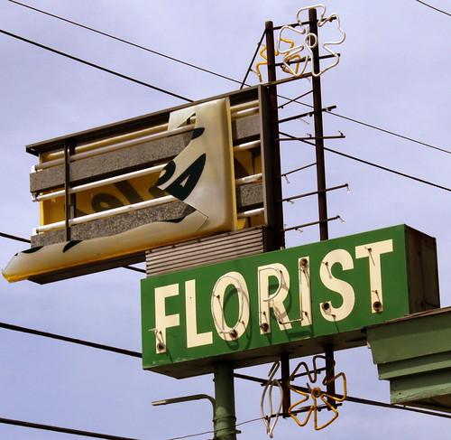 Bales Florist neon sign - Nashville, TN