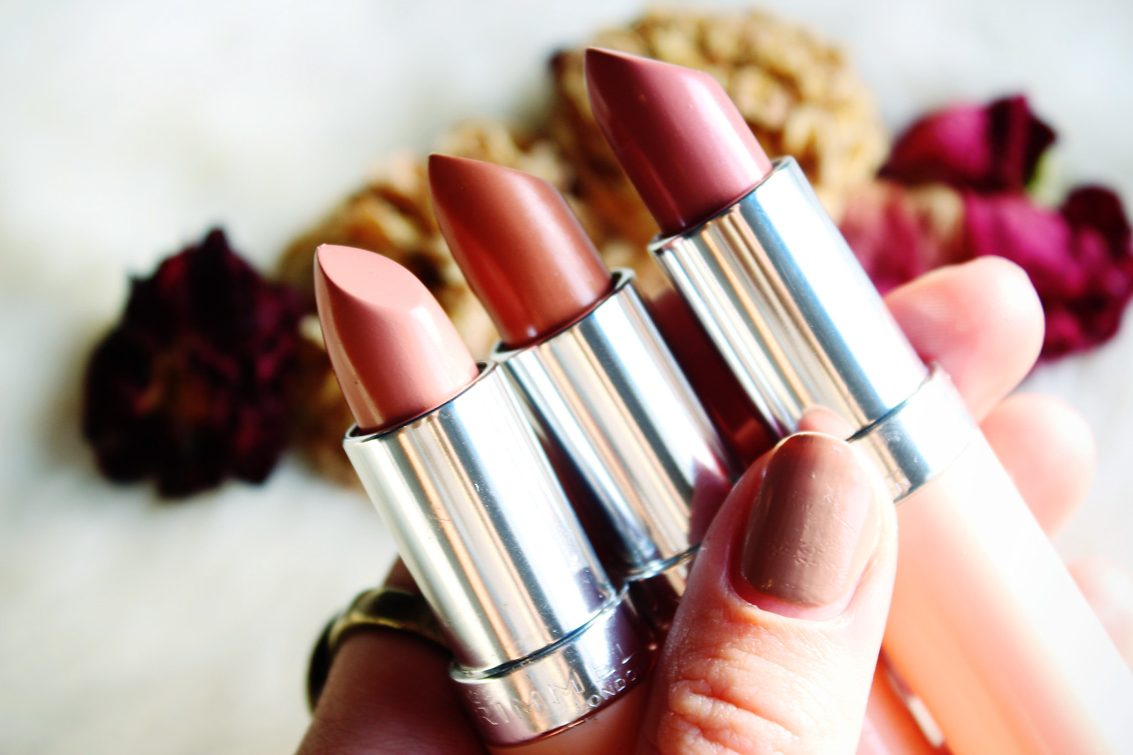 Rimmel Long Lasting Finish Kate Nude Lipstick collection review