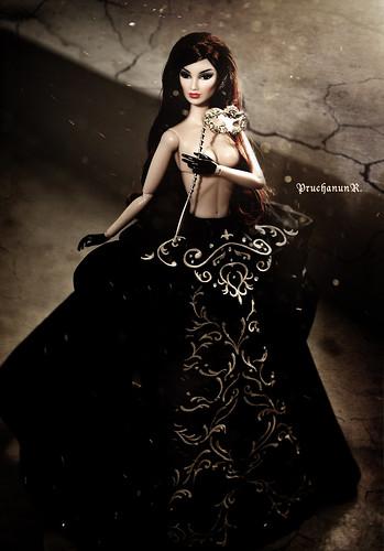 Phantom - Fashion Royalty Imogen