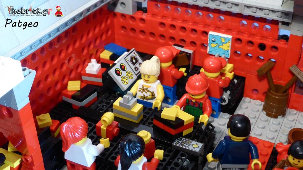 "[BuildtheBrick #2]: ""Santa's Workshop"" 23005859584_0618edcfff_b"