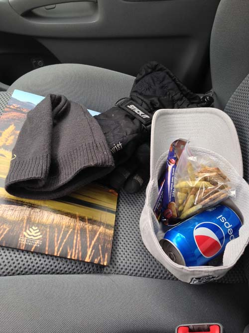 TipsForDrivinginSnow_04 (snacks!)