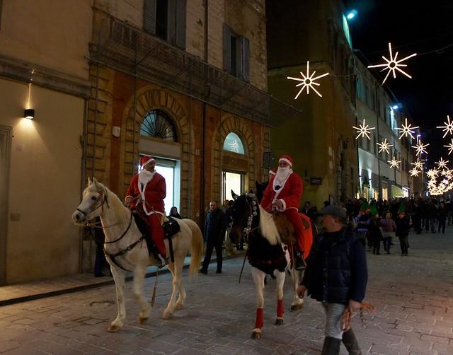 christmas-gubbio-italy-cr-brian-dore